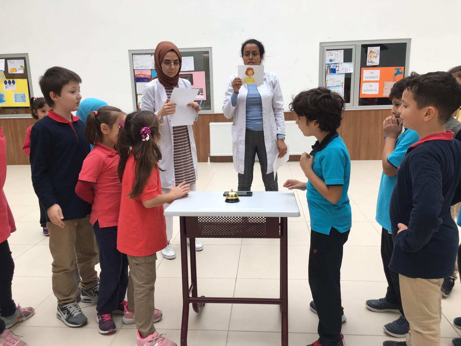 QUIZ SHOW WITH 3RD GRADERS