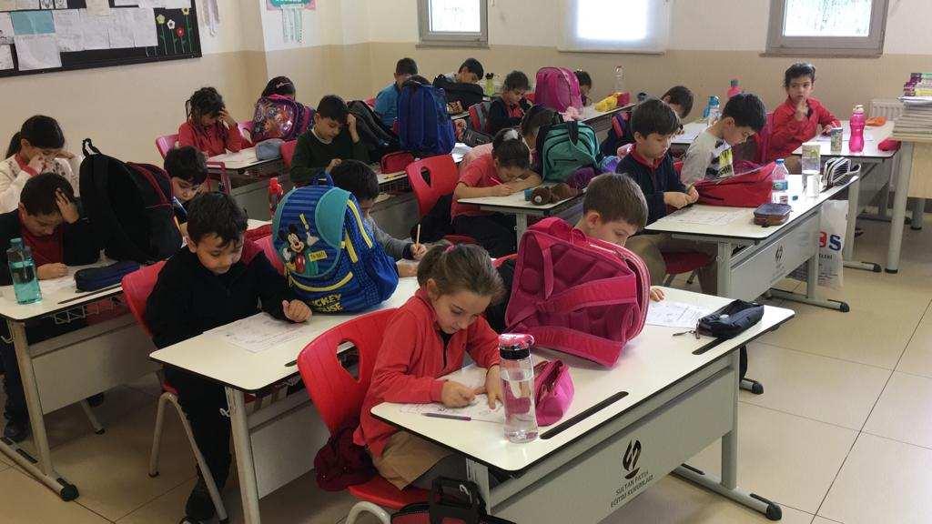 1ST ENGLISH EXAM OF PRIMARY SCHOOL