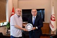 Fatih Belediye Başkanını Makamında Ziyaret